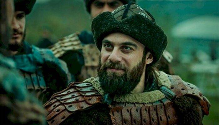 actor-dogan-alp-in-pakistan