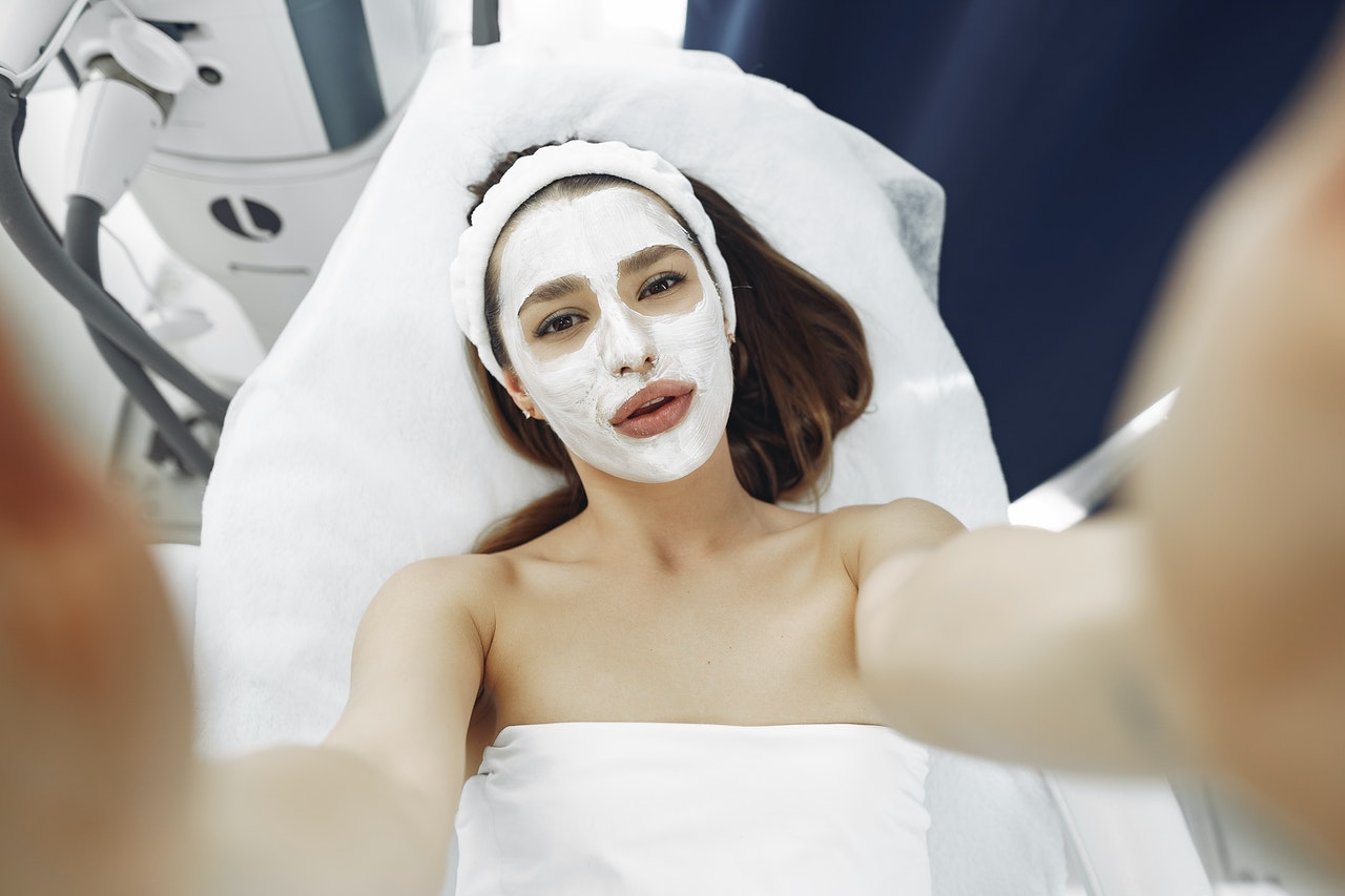 types-of-facial-treatment in-salon-industry