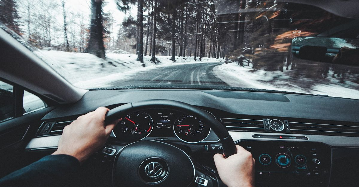holiday-tips-how-to-become-a-safer-driver-this-holiday-season