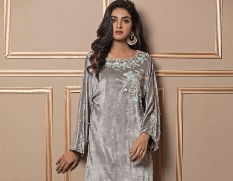 new-winter-collection-2020-suits-for-women
